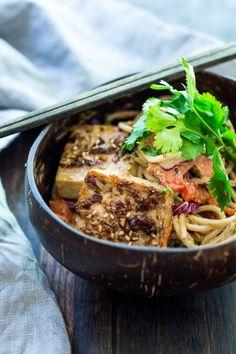 Thai Noodle Salad with Peanut Sauce and Sesame Ginger Tofu. Vegan and Gluten-free| www.feastingathome.com Tofu Recipes, Asian Recipes, Vegetarian Recipes, Healthy Recipes, Simple Recipes, Crockpot Recipes, Thai Noodle Salad, Thai Noodles, Linguine
