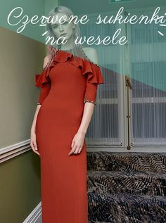 Odkryj te wyjątkowe czerwone sukienki na ślub 2019 rok. Świetnie będą prezentowały się i te długe i te krótkie. Te wszystkie fasony są świetnie dopasowane! Firmy takie jak Pronovais czy Barcelonan Air stawiają na wyjątkowe czerwone modele. Na pewno zdecydujesz się na jakąś wyjątkową! One Shoulder, Shoulder Dress, Dresses, Fashion, Vestidos, Moda, La Mode, Fasion, Dress