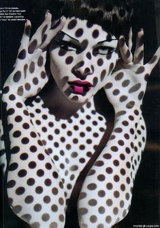 Solve Sundsbo #makeup #projection #dots