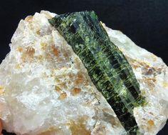 quartz crystal in matrix   Huge 5 lb Gem Green Tourmaline Crystal Quartz Matrix Rough Natural Raw ...