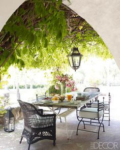 Um, can we talk about this enchanted forest? – Reese Witherspoon's Breathtaking Ojai Ranch