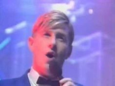 Mental as anything - Live it up 1985. Note : fotage here is their top of the pops performence in the uk in 1987.