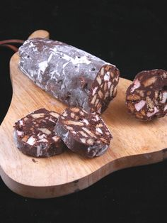 Ceci n'est pas un saucisson. Geen worst, maar een chocoladeworst. Intrigrerend, binnenkort uitproberen.