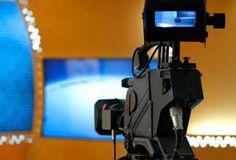Un'intervista televisiva è un'interazione che coinvolge in maniera completa la persona a cui vengono rivolte le domande. Il mezzo televisivo, grazie alla possibilità di rivedere tutto sul web, è diventato un contesto di analisi precisa dei contenuti, ed è quindi importante adeguare il proprio abbigliamento al tipo d'intervista televisiva alla quale si decide di sottoporsi... (continua su http://www.mistermedia.it/memorabili/media-training-il-look-giusto-per-ogni-intervista-televisiva/)