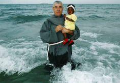 ¿Qué twittean los sacerdotes? 20. 02. 2014