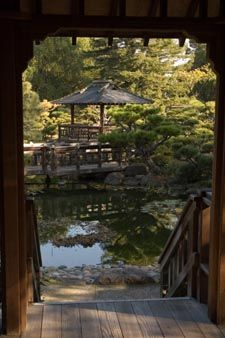 Hayward Japanese Garden with California native plants, garden designer talks the first Saturday of every month at 1pm.