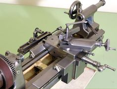 Unknown Miniature Precision Lathe - pictures and description Metal Working Machines, Metal Working Tools, Metal Tools, Old Tools, Metal Art, Lathe Machine, Grinding Machine, Machine Parts, Small Lathe