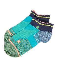 Stance Athletic Low Reflex Socks ($12) ❤ liked on Polyvore featuring intimates, hosiery, socks, aqua socks, stance socks and low socks