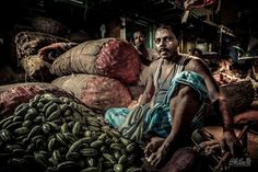 Markets of Kolkata Portraits with a Fujifilm – The markets of India. So, as phase one in India comes to a close, I have time to reflect and debrief a little. The one lesson I have learned on my journey as an image maker is to pace myself.