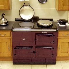 My favorite oven in my favorite color?!?!?!   Drool...