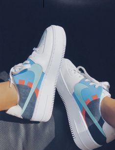 See more of vscoforthegurls's VSCO. Moda Sneakers, Sneakers Nike, Adidas Shoes, Sneaker Store, Basket Mode, Aesthetic Shoes, Hype Shoes, Fresh Shoes, Nike Air Force Ones