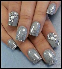 Diamonds Pearls Embellished Gel Gloss Silver Glitter Nails ♡