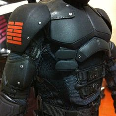 Close up at the armor. Incredible matte black paint and fabrication of tactical . - Realty Worlds Tactical Gear Dark Art Relationship Goals Paintball, Gi Joe, Armadura Cosplay, Tactical Armor, Tactical Suit, New Flame, Foam Armor, Sci Fi Armor, Ninja Armor