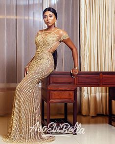 An is a wedding guest {bella} looking stunning in aso-ebi – the fabric/colors of the day, at a - AsoEbi Bella. Bride Reception Dresses, Wedding Reception Outfit, Fancy Wedding Dresses, Elegant Dresses, Wedding Ideas, Wedding Outfits, Stunning Dresses, Budget Wedding, Lace Dress Styles