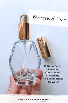 Anyone else need some extra TLC in the hair department year round? My hair definitely needs some help! 🙋🏼♀️ I've been using this recipe for the past couple weeks and I can already tell a difference in the texture and shine in my hair. Yl Oils, Essential Oil Perfume, Doterra Oils, Doterra Essential Oils, Essential Oil Blends, Young Living Oils, Young Living Essential Oils, Belleza Natural, Hacks