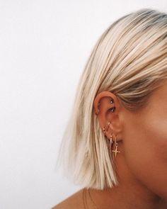 rook and tragus piercing . rook and tragus piercing together . rook and anti tragus piercing . rook piercing with tragus . piercing rook y tragus Cute Ear Piercings, Ear Piercings Cartilage, Piercing Tattoo, Ear Peircings, Cartilage Hoop, Rook Piercing Jewelry, Multiple Ear Piercings, Tongue Piercings, Cartilage Piercing Hoop