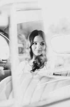 Diana & Giuseppe- 29th Oct 2016  Photography- Tori & Sal Photography #weddingcars #wedding #weddingday #weddinginspo #bridalinspo #bridalgown #weddingphotography #weddingphotographymelbourne #tripler #classiccarshire #weddingcarhire #vintagewedding #blackandwhite