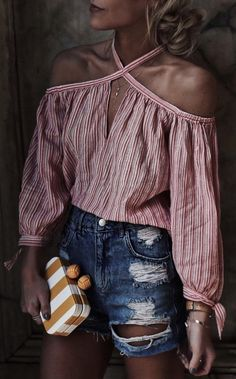Red and white striped off-shoulder top blusas canoa, moda infantil feminina, feminino Summer Outfits, Casual Outfits, Cute Outfits, Fashion Outfits, Womens Fashion, Cheap Fashion, Fashion Ideas, Country Outfit Summer, Short Outfits
