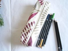 Cotton Pencil Case - Teacher Appreciation Gift - Pencil Pouch - Gift for Writers and Students - School Supplies - Makeup brush Holder Makeup Brush Holders, Teacher Appreciation Gifts, Student Gifts, Pencil Pouch, Toiletry Bag, Zipper Pouch, Fabric Patterns, School Supplies, Cosmetic Bag