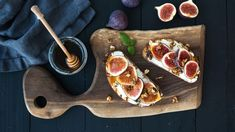 Sandwiches Ricotta Fresh Figs Walnuts Honey Stock Photo (Edit Now) 400772107 Dried Figs, Fresh Figs, Tostadas, Superfood, Honey Soy Chicken, Potassium Rich Foods, Fig Salad, Honey Toast, Candied Almonds