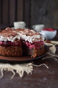 haselnuss-kirsch-kuchen-hazelnut-cherry-cake-16