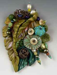 multi media - this is polymer clay with pearls, beads, lampwork glass, shell, found objects. Polymer Project, Polymer Clay Projects, Polymer Clay Creations, Polymer Clay Art, Polymer Clay Jewelry, Clay Crafts, Polymer Clay Flowers, Clay Design, Lampwork Beads