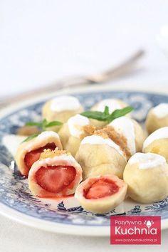 Najlepsze, polskie knedle z truskawkami. Delicious Desserts, Dessert Recipes, Yummy Food, Beetroot Soup, Pierogi Recipe, Heritage Recipe, Polish Recipes, Polish Food, Cooking Recipes
