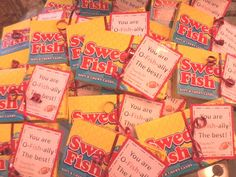 Swedish fish for our cheer team. You are O-Fish-ally the best! Volleyball Snacks, Cheer Snacks, Cheer Treats, Football Treats, Team Snacks, Football Cheer, Cheer Gifts, Volleyball Gifts, Volleyball Team