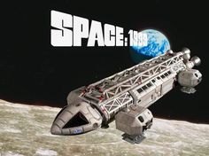 Space 1999 was another cult Sci-Fi TV show of the I had a Dinky toy Eagle Transporter - seen here. I also recall going to see a Space 1999 exhibition at Debenhams department store. Sci Fi Spaceships, Sci Fi Tv Shows, Classic Sci Fi, Kids Tv, Vintage Tv, Lectures, My Childhood Memories, Best Tv, Favorite Tv Shows
