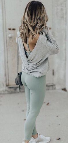 twist back sweater + yoga pants #fitspo #fitnessfashion