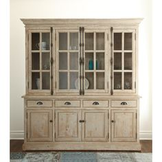 Actual China cabinet in white in dining room. #joannagaines #chipgaines #fixerupper #alissawalsh Alissawalsh.com