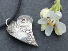 Beginners Course on Silver Clay in Melksham Wiltshire Jewellery Making Courses, Jewelry Making, Creative Workshop, Experience Gifts, Gift Vouchers, Glass Jewelry, Arts And Crafts, Gems, Grey Clouds