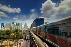 Bangkok's BTS Sky Train - A Quick Tour