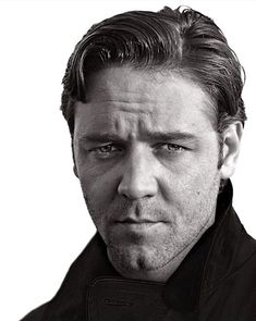 My favorite Australian and a beautiful man and actor, Russell Crowe. <3