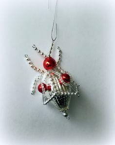 Vánoční+ozdoba+z+foukaných+perel+Beruška