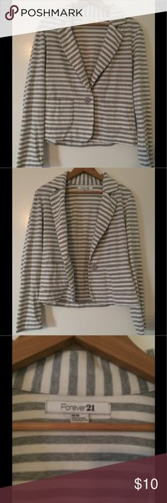 Forever 21 Striped Blazer Cute Forever 21 blazer. Made of lightweight sweatshirt material. Cute grey stripes. Forever 21 Jackets & Coats Blazers