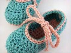 Resultado de imagem para zapatitos de bebé a crochet