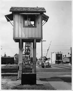 Park Ave train lookout tower (1954) by 47specialdeluxe, via Flickr