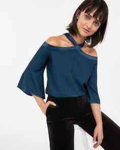 Be original with this halter blouse. With its off-the-shoulder effect, flare sleeves and satiny band at shoulders and neck, it will surely make some heads turn.Fabric: non-stretchFit: loose Casual Tops, Fashion Outfits, Fashion Ideas, Off The Shoulder, Night Out, Dressing, Blouse, My Style, Sleeves