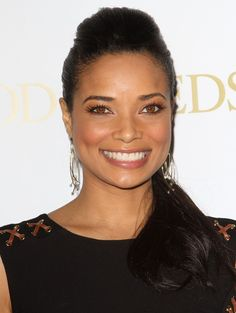 Photo of Rochelle Aytes - Lionsgate's Good Deeds Premiere - Picture Browse more than pictures of celebrity and movie on AceShowbiz. Beautiful Smile, Beautiful Black Women, Amazing Women, Good Deeds, Auburn Blonde Hair, Rochelle Aytes, Megan Fox Hair, Black Goddess, Star Hair