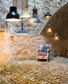 Leuchten im Rampenlicht... Romance, Ceiling Lights, Lighting, Pendant, Home Decor, Light Fixtures, Romance Film, Romances, Decoration Home