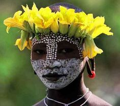 Natural Fashion : Tribal Decoration from Africa . Seriese by Hans Silvester Seriese by Hans Silvester