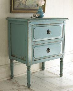 Love the colour of these, thinking of this for refinishing our bedside tables