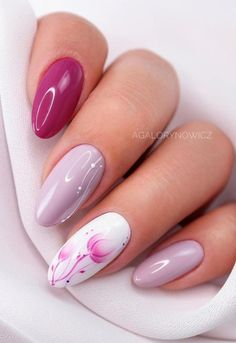 39 Pretty Nail Art Designs To Inspire You - Page 12 of 39 - TipSilo Nail Designs Spring, Nail Art Designs, Almond Nails Designs Summer, Summer Nails Almond, Nail Selection, Almond Nail Art, Pretty Nail Art, Nagel Gel, Stylish Nails