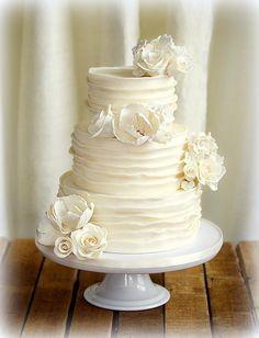 Décoration de gâteau: gâteau de mariage orné de bijoux