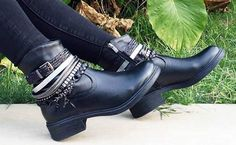 2016 inci bayan çizme modelleri Shoes Women, Ankle, Boots, How To Wear, Fashion, Wide Fit Women's Shoes, Crotch Boots, Moda, Woman Shoes
