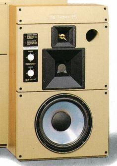 I love audio equipment Pro Audio Speakers, Top Audio, Audiophile Speakers, Monitor Speakers, Bookshelf Speakers, High End Audio, Hifi Audio, Speaker System, Audio System
