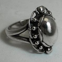 VINTAGE GEORG JENSEN RING # 21, STERLING SILVER (SIZE 9 1/2 ) $325.00 Designed by Georg Jensen  Condition: fine vintage, preowned Year: after 1945 Size: 9 1/2 - can be resized for free