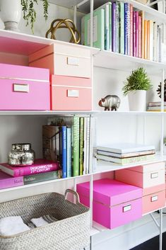 OH SO PRETTY IN HOT PINK dorm ideas - 7 Essentials Every Stylish Dorm Room Needs// organization, bookshelves, styling