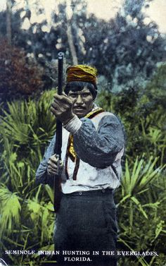 Seminole Indian hunting in the Everglades - Florida Florida Bay, Florida Everglades, Everglades National Park, State Of Florida, American Day, American Indians, Seminole Indians, Seminole Florida, Patchwork Patterns